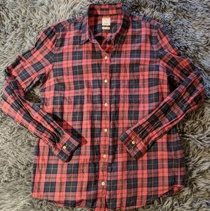 GAP Pink & Blue Plaid Fitted Boyfriend Button Up